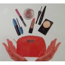 Revlon  (FREE GIFT) Makeup Pouch
